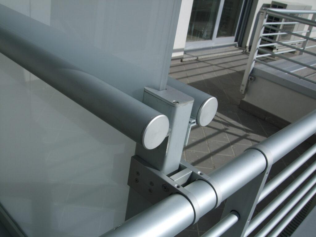 aggancio alluminio ringhiera