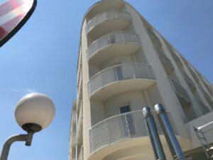 balconi hotel alluminio